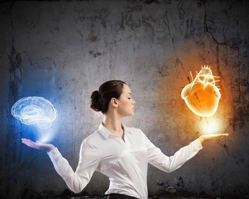 Tarot intuicion-videntes-tarotycartas 5 Ejercicios para desarrollar la intuición Aura y energías Experiencias videntes